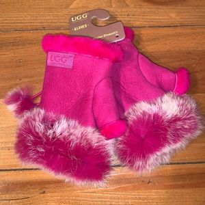 UGG Auzland Pink Sheepskin Gloves